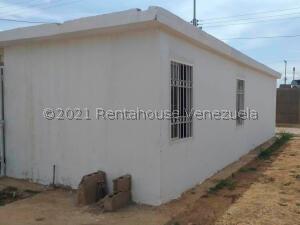 Casa En Ventaen Coro, Las Eugenias, Venezuela, VE RAH: 22-4131