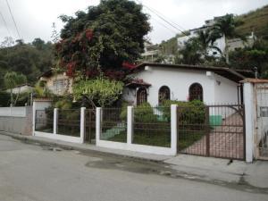 Casa En Ventaen Municipio Guaicaipuro, Pan De Azucar, Venezuela, VE RAH: 22-4154