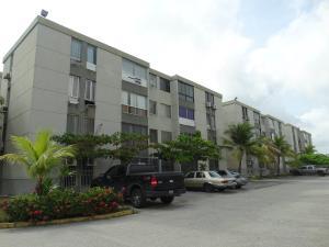 Apartamento En Ventaen Higuerote, Agua Sal, Venezuela, VE RAH: 22-4164