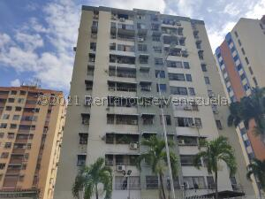 Apartamento En Ventaen Maracay, Base Aragua, Venezuela, VE RAH: 22-4225