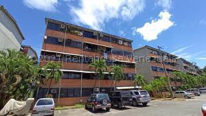Apartamento En Ventaen Guarenas, Ciudad Casarapa, Venezuela, VE RAH: 22-4388