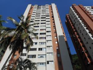 Apartamento En Ventaen Valencia, Las Chimeneas, Venezuela, VE RAH: 22-4238