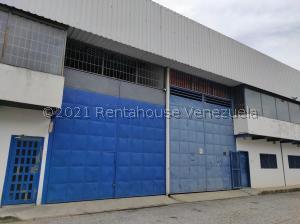 Galpon - Deposito En Ventaen Municipio San Diego, Terrazas De Castillito, Venezuela, VE RAH: 22-4274