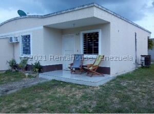 Casa En Ventaen Barquisimeto, La Ensenada, Venezuela, VE RAH: 22-4296