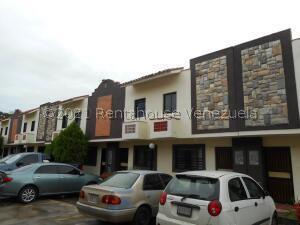 Townhouse En Ventaen Municipio Naguanagua, Tazajal, Venezuela, VE RAH: 22-4283