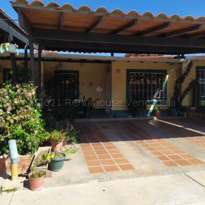 Casa En Ventaen Municipio San Diego, Valle De Oro, Venezuela, VE RAH: 22-4311