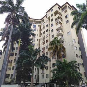 Apartamento En Ventaen Valencia, Camoruco, Venezuela, VE RAH: 22-4315