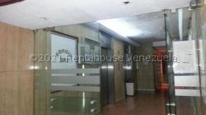 Oficina En Ventaen Caracas, Parroquia Santa Rosalia, Venezuela, VE RAH: 22-4321