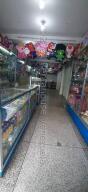 Local Comercial En Alquileren Guarenas, Guarenas, Venezuela, VE RAH: 22-4324