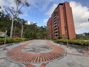 Apartamento En Ventaen Caracas, Las Esmeraldas, Venezuela, VE RAH: 22-4333