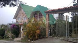 Casa En Ventaen Caracas, El Junquito, Venezuela, VE RAH: 22-4852