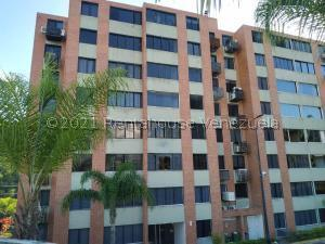 Apartamento En Ventaen Caracas, Los Naranjos Humboldt, Venezuela, VE RAH: 22-4338
