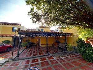 Townhouse En Ventaen Municipio Naguanagua, Tazajal, Venezuela, VE RAH: 22-4419