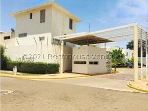 Apartamento En Ventaen Maracaibo, Avenida Goajira, Venezuela, VE RAH: 22-4398