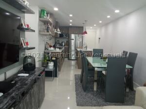 Apartamento En Ventaen Caracas, El Encantado, Venezuela, VE RAH: 22-4417