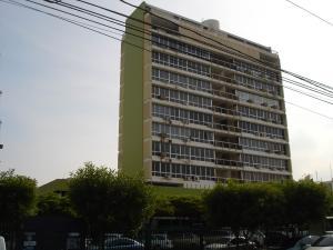 Oficina En Alquileren Maracaibo, Avenida Bella Vista, Venezuela, VE RAH: 22-4442