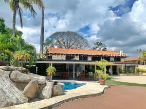 Casa En Ventaen Caracas, Los Campitos, Venezuela, VE RAH: 22-4444