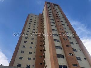 Apartamento En Ventaen Valencia, Valles De Camoruco, Venezuela, VE RAH: 22-4537