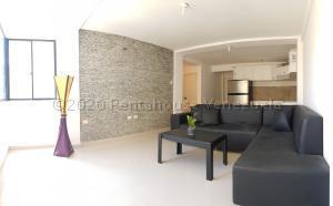 Apartamento En Ventaen Coro, Sector La Floresta, Venezuela, VE RAH: 22-4475