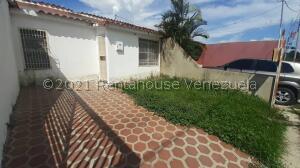 Casa En Ventaen Cabudare, El Amanecer, Venezuela, VE RAH: 22-4506