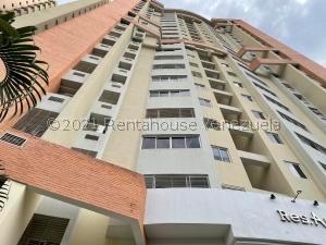 Apartamento En Ventaen Valencia, Las Chimeneas, Venezuela, VE RAH: 22-4532