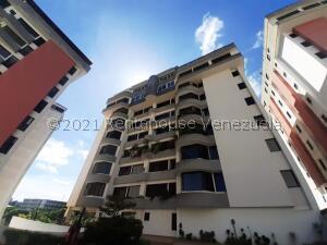 Apartamento En Ventaen San Antonio De Los Altos, Las Minas, Venezuela, VE RAH: 22-4592