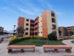 Apartamento En Ventaen Maracay, Narayola, Venezuela, VE RAH: 22-4549