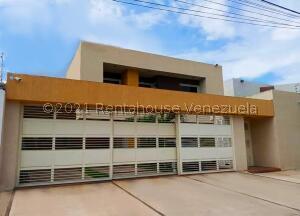 Casa En Ventaen Maracay, San Jacinto, Venezuela, VE RAH: 22-4561