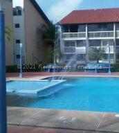 Apartamento En Ventaen Rio Chico, Los Canales De Rio Chico, Venezuela, VE RAH: 22-4579