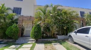 Casa En Ventaen Cabudare, Caminos De Tarabana, Venezuela, VE RAH: 22-4581