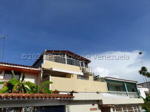 Casa En Ventaen Caracas, El Marques, Venezuela, VE RAH: 22-4585