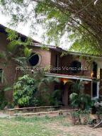 Casa En Ventaen Caracas, Los Chorros, Venezuela, VE RAH: 22-4630