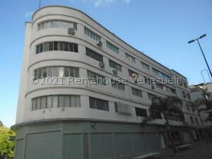 Apartamento En Ventaen Caracas, Sabana Grande, Venezuela, VE RAH: 22-4590