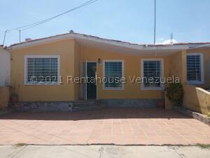Casa En Ventaen Barquisimeto, Hacienda Yucatan, Venezuela, VE RAH: 22-4608