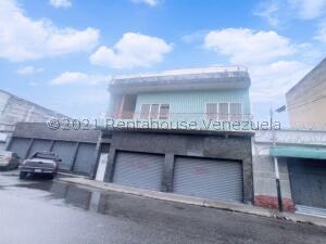 Local Comercial En Ventaen Maracay, Zona Centro, Venezuela, VE RAH: 22-4915