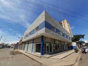 Local Comercial En Ventaen Maracay, Zona Centro, Venezuela, VE RAH: 22-4683
