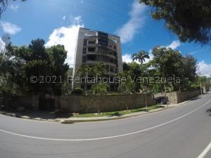 Apartamento En Ventaen Parroquia Naiguata, Camuri Grande, Venezuela, VE RAH: 22-4641