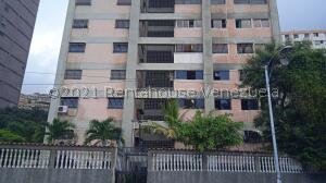 Apartamento En Ventaen La Guaira, Maiquetia, Venezuela, VE RAH: 22-4650
