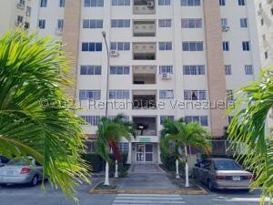 Apartamento En Ventaen Guatire, El Castillejo, Venezuela, VE RAH: 22-4661