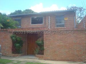 Casa En Ventaen Caracas, Terrazas Del Club Hipico, Venezuela, VE RAH: 22-4656