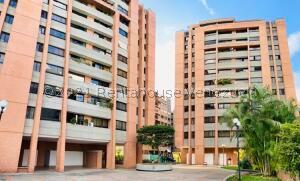 Apartamento En Ventaen Caracas, Las Esmeraldas, Venezuela, VE RAH: 22-4666