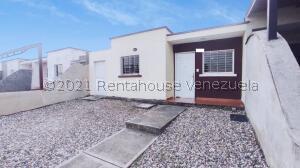 Casa En Ventaen Araure, Araure, Venezuela, VE RAH: 22-4669
