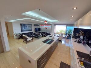 Apartamento En Ventaen Caracas, La Trinidad, Venezuela, VE RAH: 22-4689