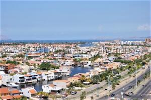 Terreno En Ventaen Puerto La Cruz, Casas Botes, Venezuela, VE RAH: 22-4732
