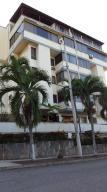Apartamento En Ventaen Parroquia Caraballeda, Caribe, Venezuela, VE RAH: 22-4726