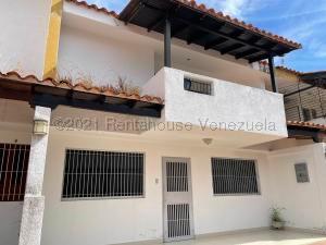 Casa En Ventaen Valencia, Trigal Norte, Venezuela, VE RAH: 22-4764