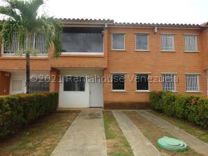 Townhouse En Ventaen Guatire, Terrazas De Buena Ventura, Venezuela, VE RAH: 22-4887