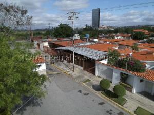 Casa En Ventaen Cabudare, La Hacienda, Venezuela, VE RAH: 22-4812