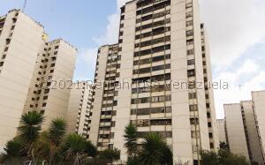 Apartamento En Ventaen San Antonio De Los Altos, La Rosaleda, Venezuela, VE RAH: 22-1432