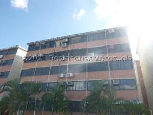 Apartamento En Ventaen Guarenas, Ciudad Casarapa, Venezuela, VE RAH: 22-4854
